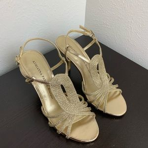 Adrianna Papell size 6 Gold Leather Heels
